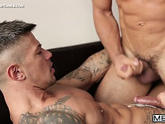 Dato Foland & Goran Are Interviewing For The Same Job But