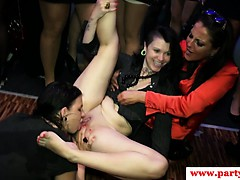 real-party-euro-amateur-fucks-waiter