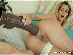 stunning-blonde-stretching-her-tight-ass-with-a-brutal-dildo