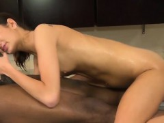 Massage Whore Gets Licked