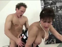 Smatret porno filmi online