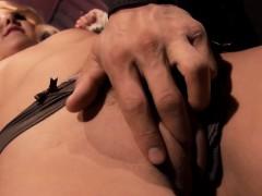Aaliyah Love Loves Bondage Oral Massage