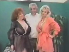 vintage ffm threesome with mature women xxx.harem.pt