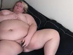 Смотреть порно видео онлайн жена трахает мужа в попку страпоном