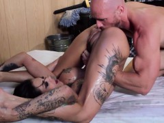 girlfriend-fantasy-with-hot-tattooed-squirter
