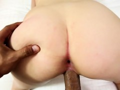 horny-housewife-sucking