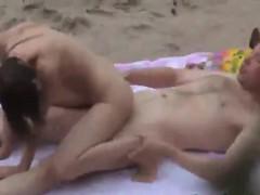 Babe Enjoys Hot Kinky 69 On The Beach