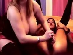 slutty-lesbians-playing-live