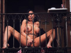 Boss Lady Squirts Into The Street