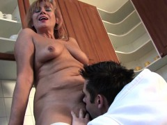 hairy mature lady gets her pussy filled with young dick