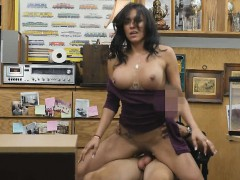 Gorgeous Brunette Jessi Getting Banged On Desk In Pawn Shop