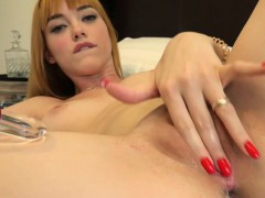 anny-aurora-has-some-fun-with-a-glass-dildo