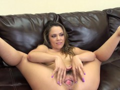 horny-kristina-rose-toys-her-twat-and-shows-her-ass-on-live-cam