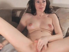 slim-sexy-babe-loves-masturbation-show