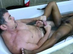 Foot Loving Dilf Sucking Twinks Toes In Bath