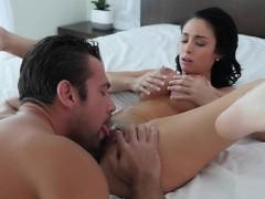 Jackie Seduces Her Trainer