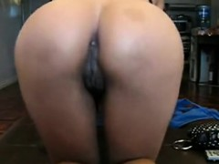 Oriental Slut Teases Together With Her Vagina And Gets Mout