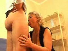 tesha-seduced-by-a-horny-milf