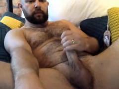 bear-cam-masturbation