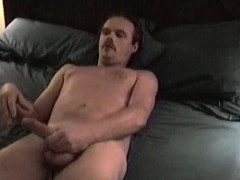 Mature Amateur Nick Jerking Off