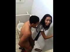 brazilian-students-caught-having-sex-in-the-school-bathroom