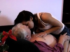 amwf-old-man-and-old-mature-lady-seducing-young-girl-snapcha