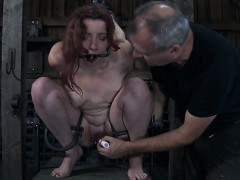 nude-and-gagged-babe-receives-wild-love-tunnel-pleasuring