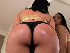 hot-shemale-geovanna-oliveira-fucked-her-man-in-his-ass