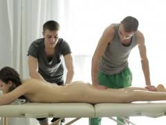Dirty Flix – Double oil massage