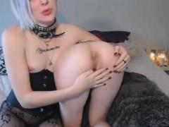 Horny Female Slut Has Sexy Time With Tranny