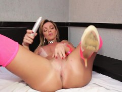 Solo Latina Tgirl Jerking Off Her Hard Cock
