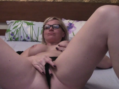 wine-drinking amateur blonde masturbates with her glasses