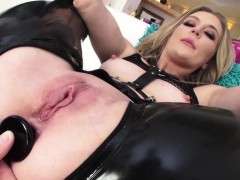 naughty-mona-wales-pussy-and-anal-fucked