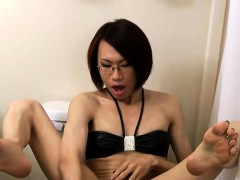 kinky-spex-ladyboy-toys-ass-while-jerking-off