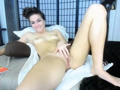 hot-babe-cl-hands-vagina-having-a-plug-in-her-ass