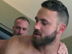 muscle-gays-anal-sex-and-cumshot
