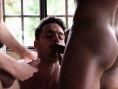 big-dick-gays-threesome-and-cumshot