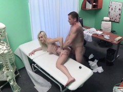 fake-hospital-blonde-patient-gives-blowjob