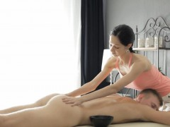 sexy-masseuse-emma-cums-gets-twat-rammed-by-her-nasty-client