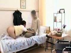 enchanting-japanese-babe-with-a-magnificent-ass-seduces-an