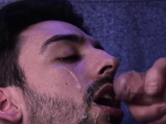 Uk Hunk Jizzed After Cockriding In The Club