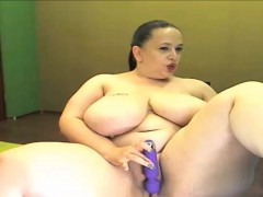 fat-sbbw-mature-from-watchbbwcams-masturbates-on-live-cam
