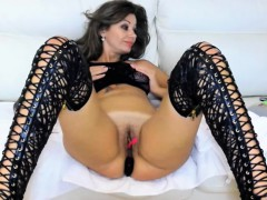 naughty-anal-plugged-cammodel-is-being-very-naughty-alone