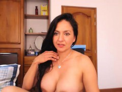 amateur-homemade-porn-mature-milf-masturbation-and-orgasm-cu