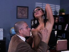 brazzers-big-tits-at-school-blowing-dr