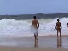 public-beach-sex-of-a-voyeur-horny-couple