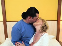 blonde-grandma-pounded