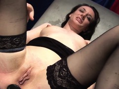 gundula-loves-to-explore-her-kinky-side-today-she-visits