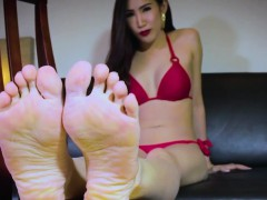 Barefoot Ladyboy Feetworshipping Solo