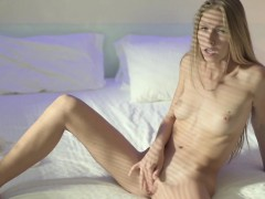 babes-angelica-capture-the-moment